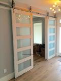 손은 홈을%s 실내 프랑스 미닫이 문을 만들었다