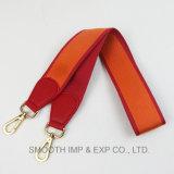Il modo in pieno rivetta le borse del nastro della maniglia della cinghia del sacchetto di spalla