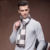 人の点検されたパターンウールによって編まれる冬の暖かいスカーフ(YKY4609)