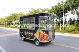 판매를 위해 유형 이동할 수 있는 음식 트레일러를 판매하는 거리