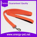 柔らかいネオプレンのハンドル犬の鎖