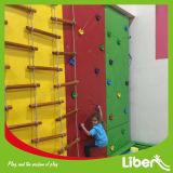 Mejor trampolín interior para niños con muro de escalada
