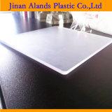 Hoja plástica del plexiglás de acrílico rentable para el panel de la puerta