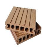 Materiais ao ar livre da decoração do Decking composto plástico de madeira do revestimento WPC