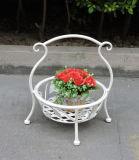 新しい項目粉の上塗を施してあるハンドメイドのバスケットの形の金属1の鍋の花立場