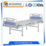 Ein reizbare einfache Krankenhaus-Bett-preiswerte Betten mit Rädern (GT-BM201)