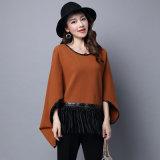Fashion Viscose Nylon Knitted女性革フリンジのポンチョ(YKY2066)
