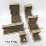 Rectángulo determinado de empaquetado de la joyería del regalo de madera de la visualización