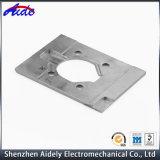 Kundenspezifischer hohe Präzisions-Aluminiumstahl CNC-maschinell bearbeitenteil für Automobil