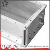 Prägemetall, das CNC-Aluminiumteile für Ausschnitt-Maschine maschinell bearbeitet