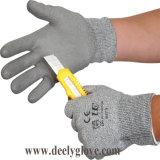 Отрежьте упорные перчатки отрезока Hppe