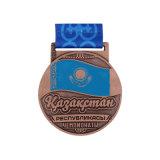 Avec des rubans personnalisés en alliage de zinc médaille de métal