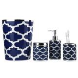 Pompa della lozione del blu marino con gli accessori della stanza da bagno delle 4 parti impostati