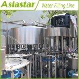 Полностью автоматическая промывочная вода в бутылках заполнение Capping механизма