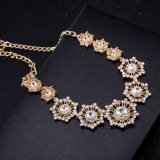 Lucky Flower or plaqué en acier inoxydable pendentif en cristal de femmes pendentif