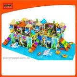 Разнообразные темы играть дети играют в области Indoorplayground