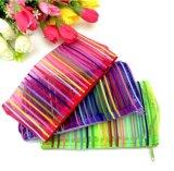Le produit de beauté met en sac les cadeaux promotionnels de maille de produit de beauté de sacs de renivellement de sacs de mode de mémoire de sacs de caisse colorée en nylon transparente de beauté