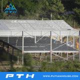 Professional ha diseñado un gran espacio de almacén de estructura de acero con una fácil instalación