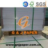 Tarjeta de papel de marfil de la calidad de Excellen usada en la fabricación de las bolsas de papel