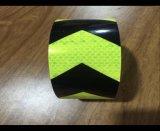 Amarelo reflexivo do preto da etiqueta da fita das setas da segurança do caminhão de reboque do carro