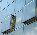 6A、9A、12Aは建物に使用した強くされたガラスか低いEガラスが付いているガラスを絶縁した