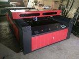 非金属及び金属のための精密CNCレーザーのカッターFlc1325A