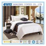 호화로운 가득 차있는 침대 시트는 100%년 면 - 백색을 놓았다