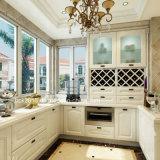 Bck passen amerikanischen rote Eichen-festes Holz-weißen Lack-Küche-Schrank an