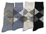 2017 neue Art-Mann-Geschäfts-Baumwollsocken