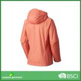 Куртка раковины облегченного дождя трудная для женщин