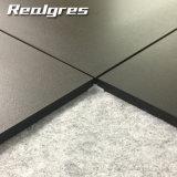 Non фарфора Сиэтл тела выскальзования 600*600 плитки черноты пола полного супер черного штейнового напольные