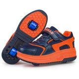Comercio exterior Roller zapatos con ruedas retráctiles Moda LED Light Roller Skate zapatos Zapatillas Sport con cuero PU baratos