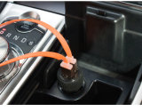 부속품은 보편적인 소형 차 충전기 충전기 마이크로 자동차 이중 USB 의 5V 2.1A 지능적인 전화 차 비용을 부과를 가진 단식한다