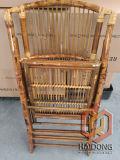 Cadeira de bambu dobrável de cor natural