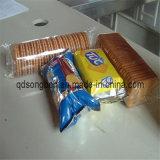 가장자리 포장기에 건빵