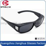 Grandi occhiali da sole eccessivi di vetro protettivi alla moda neri dell'occhio per miopia usata pescando gli occhiali da sole