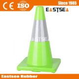Cône en plastique de rue de sûreté coloré par circulation en gros