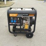 Открытого типа 8 квт Передвижные воздушные компрессоры с водяным охлаждением дизельного генератора