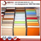 Muebles de madera veteada de grado en interiores de melamina en relieve los paneles de MDF