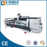Vetro automatico di CNC che lavora elaborando macchinario