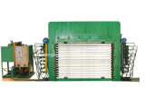 Máquina/madera contrachapada calientes de la prensa de la madera contrachapada de la tecnología del diseño compacto y de la tapa que hace máquina a tarjeta multi de la capa máquina caliente de la prensa