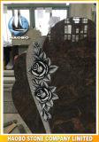 Headstone blu smerigliatrice del granito con i fiori intagliati
