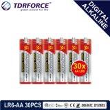 bateria seca alcalina preliminar de Digitas da manufatura de 1.5V China (LR6-AA 24PCS)