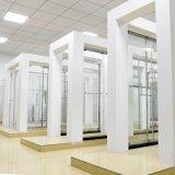 2つの側面パネルとの強くされた安全ガラスの滑走のシャワーのドアのシャワー機構