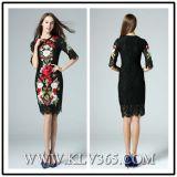 Способ женщин конструкции высокого качества вышивает платью шнурка