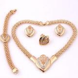 Quattro insiemi stabiliti Gold-Plated Heart-Shaped di vendita caldi dei monili della parte