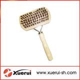 Balai de polissoir de mouler d'outils de toilettage d'animal familier avec le traitement en bois