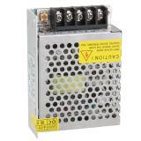 12V vendedores calientes 5A adelgazan el programa piloto de la fuente de alimentación de la conmutación 60W LED con alto Effciency para la cámara del CCTV de las tiras del LED