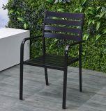 テラスの椅子のアルミニウム表のダイニングテーブルはTgHl808をセットする