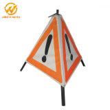 Verkeersveiligheid die het Aangepaste Waarschuwingssein van de Driehoek vouwen
